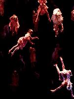 Helnwein-Buehnenbild-zu-israelischer-Oper