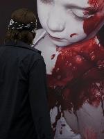 Die-Stille-der-Unschuld-Der-Kuenstler-Gottfried-Helnwein
