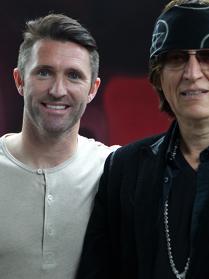 Robbie-Kean-visits-Helnwein-in-his-L.A.-studio