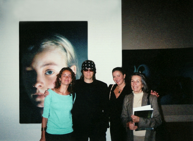 Gottfried Helnwein, Diane Disney Miller, her granddaughter and Heidi Kühn